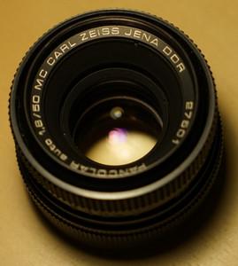 伟德国际1946官网【注册有礼】_东蔡三剑客之一 Carl Zeiss Jena Pancolar 50mm 1.8