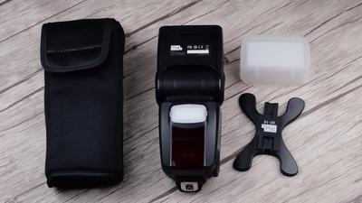 个人出售99新品色X650C闪光灯佳能口