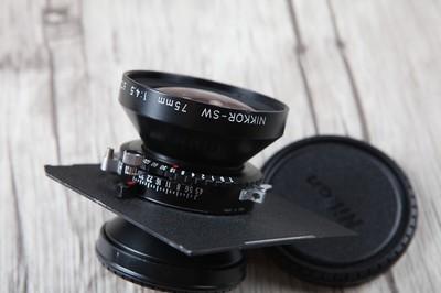 伟德betvictor_个人出售95新NIKKOR-SW 75mm/f4.5大画幅镜头