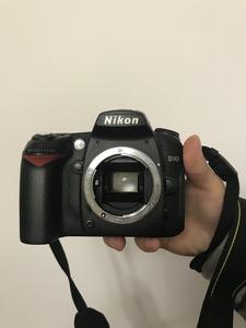 尼康 D90无划痕无掉漆 送快门线UV镜 可小刀 顺丰包邮