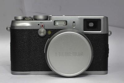 【便携数码相机】富士 X100(NO:2346)(赠送遮光罩)*