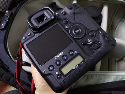 佳能 EOS-1D X 国行保卡包装齐全快门3千 成色99