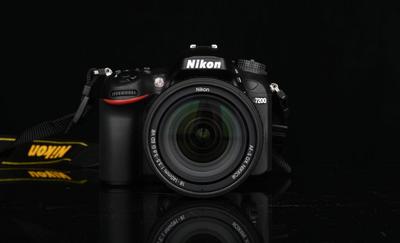 尼康 D7200半画幅单反相机配18-140/18-200/18-300/24-120等镜头