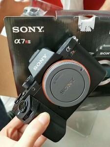 索尼 A7R II可搭配16-35/24-70/70-200/24-105/12-24等定焦镜头