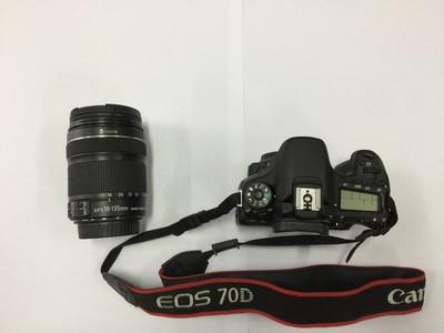 """★受美女委托""""佳能70D相机+镜头18-135IS-STM,99新"""