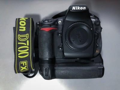 尼康D700+原厂手柄 17-35/2.8 35/2D FM2