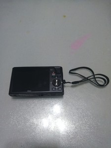 尼康 S8000