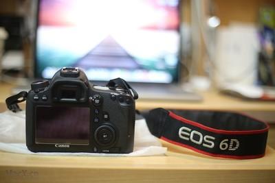 99新千亿国际娱乐官网首页 6D 二手单反相机 包装配件周全