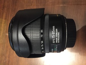 佳能 EF-S 15-85mm f/3.5-5.6