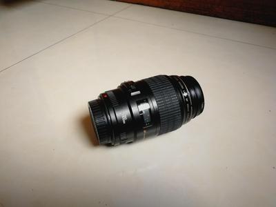 佳能 EF 100mm f/2.8微距