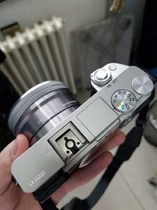 索尼 ILCE-6000银色套机 2650出