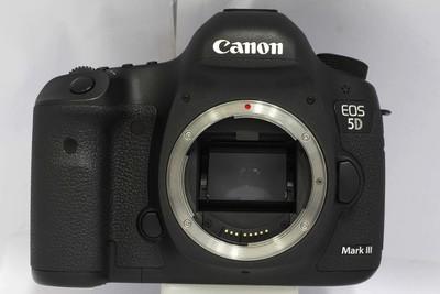 【全画幅专业数码相机】佳能 5D Mark III(NO:3332)