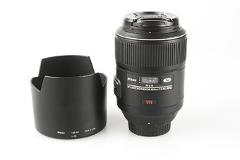 95新 尼康 AF-S VR105mm f/2.8