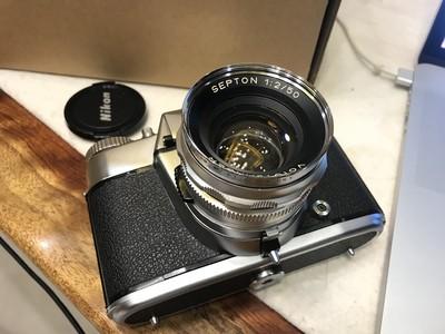 成色很新的BESSAMATIC CS相机和赛破铜镜头