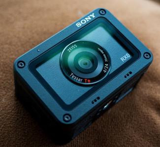 索尼新机RX0
