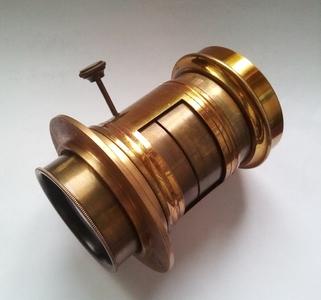 大画幅 petzval 200mm/4