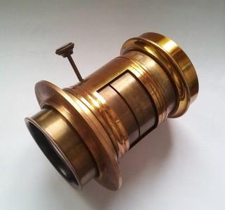 大画幅 petzval 200mm/8