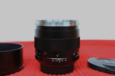 自用蔡司 佳能囗Planar T* 85mm f/1.4 ZE