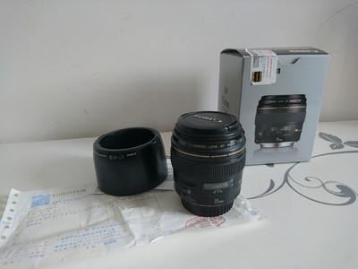 出佳能 EF 85mm f/1.8 USM