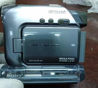 索尼 DCR-HC40E 数码摄像机带原装底座 磁带DV机 PAL制式 !