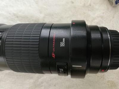 出一支成色不错的佳能 EF 180mm f/3.5 L USM 微距