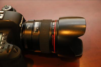 佳能 EF 35mm f/1.4L USM,斯丹德6D手柄
