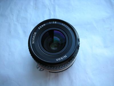 较新尼康35mmf2.8镜头,金属制造,收藏使用