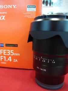 99新 索尼FE 35/1.4 ZA镜头,行货配件齐全!