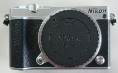 尼康 1 J5