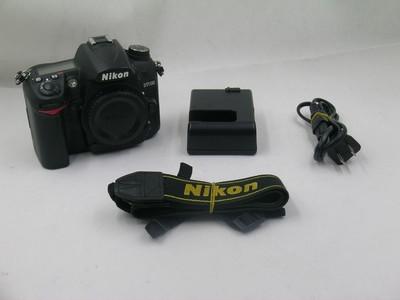 出售 95新 尼康 D7000 机身 请看图片