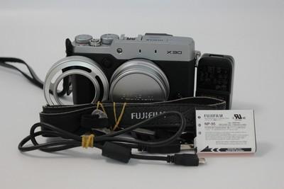 94新二手Fujifilm富士 X30套(7.1-28.4)套机单电数码 W07154 津