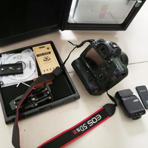 佳能 5DS R 镜头 级配件一起甩卖1.6万