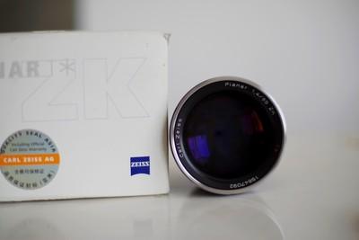 卡尔·蔡司 Planar T* 85mm f/1.4 ZK手动镜头
