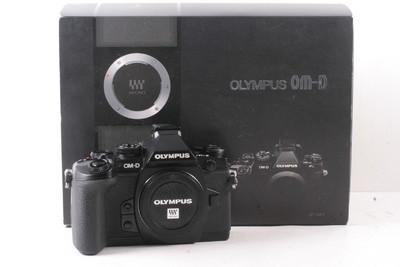 95/奥林巴斯 OM-D E-M1 一代 微单相机机身 (全套包装 )