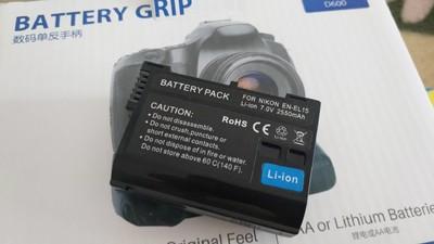 尼康D610手柄,全新,含备用锂电池