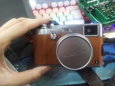 富士 X100T 棕色限量版 x100t橙色 富士数码旁轴相机