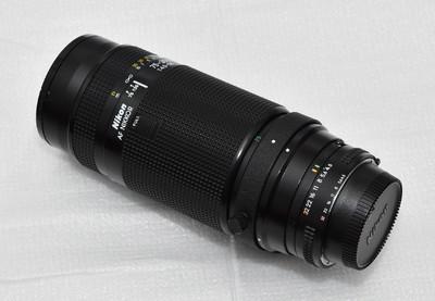 尼康自动聚焦75-300mmF4.5-5.6变焦镜头