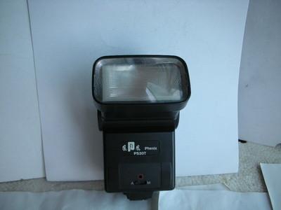 很新凤凰PS30T闪光灯,有自动和手动功能,收藏使用