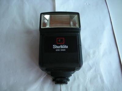 极新日本原产星牌闪光灯,有手动和自动功能,专配美能达理光相机