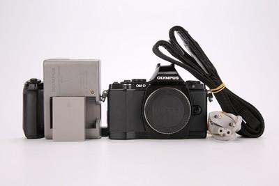 94新二手 Olympus奥林巴斯 E-M5 单机 微单相机(T000601)津
