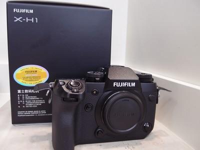 9.99新 富士X-H1半幅相机,行货包装配件齐全!