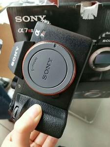 索尼A7R2 II可搭配16-35/24-70/70-200/24-105/12-24等定焦镜头