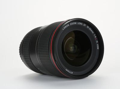佳能 EF 16-35mm f/4L IS USM