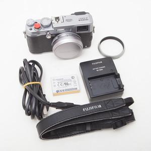 Fujifilm/富士 x100s 傻瓜机一体机单电微单相机 95以上新NO:0505