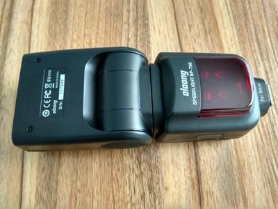 全新沃龙闪光灯SP700,包括引闪器800RT,尼康佳能专用接口