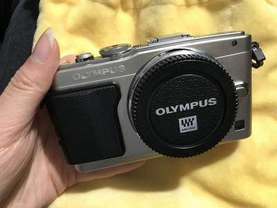 奥林巴斯 E-PL5 14-42IIR 单镜套机配件全 凤凰50f1.8手动定焦