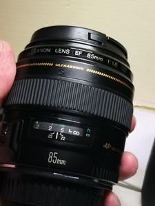 蜂鸟优品购入有保修佳能 EF 85mm f/1.8 USM