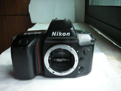 很新Nikon F70/F70D (N70)单反相机,有日期后背,收藏使用