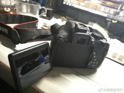 佳能 700D单反套机 18-55镜头 配件齐带盒带包