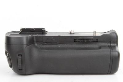 95新二手品色 MB-D14 尼康D600/D610专用手柄(B97538)京
